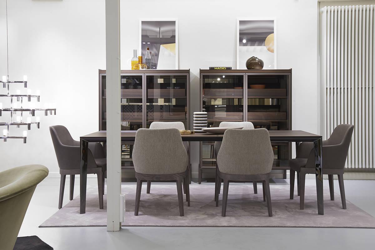 A parigi un nuovo store firmato molteni design ifdm for Molteni and dada