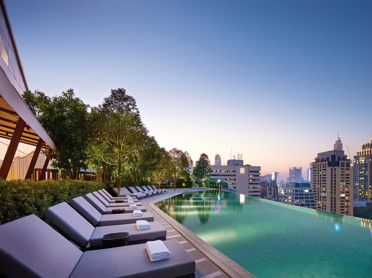 Infinity Pool Terrace