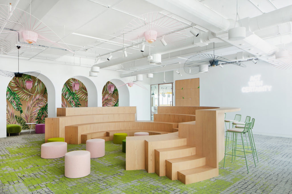 The step format seating doubles as a lunchspace