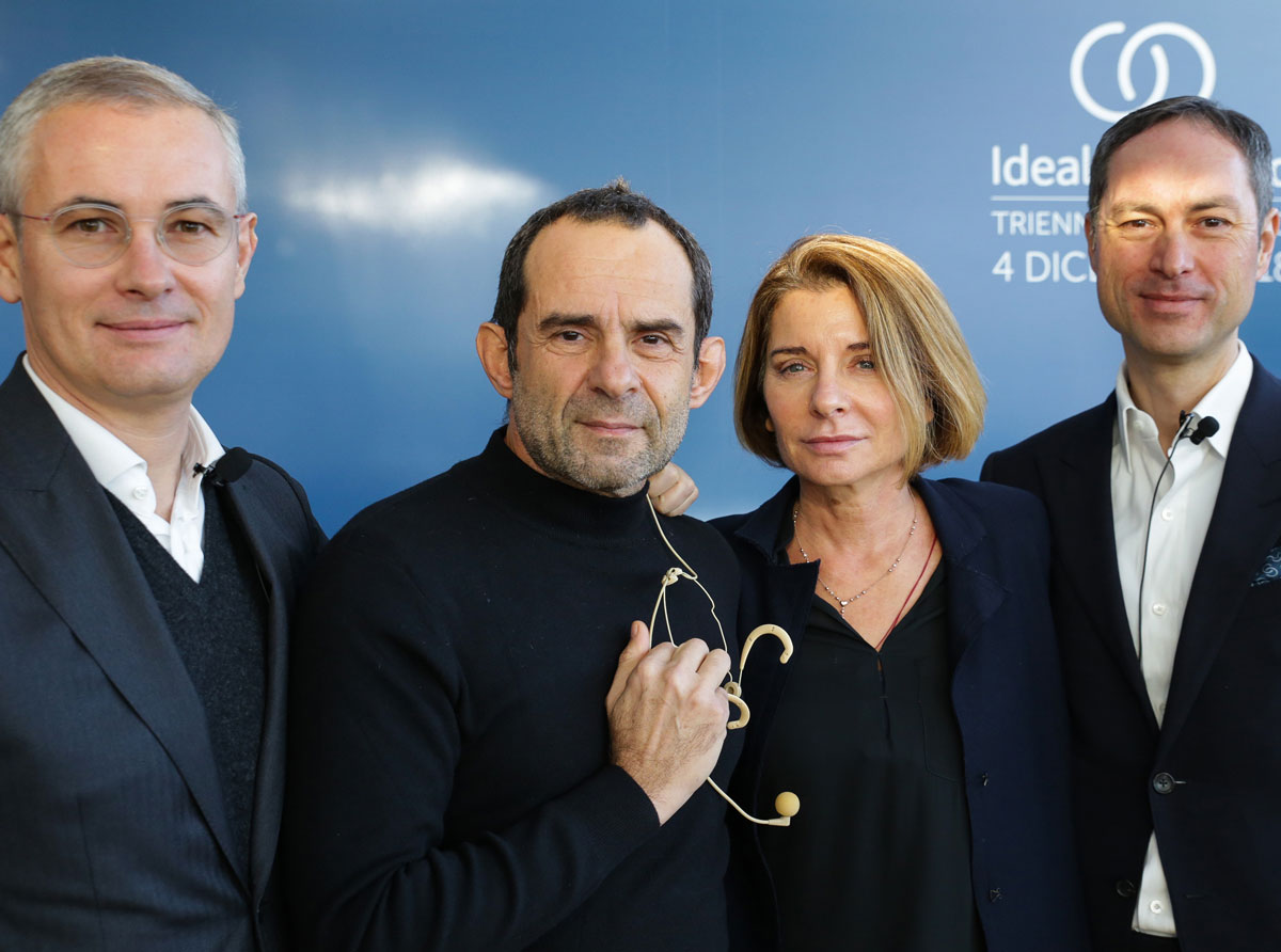 Eugenio Cecchin, CEO at IdealStandard Italia, Roberto Palomba e Ludovica Serafini e Torsten Türling, CEO di Ideal Standard International
