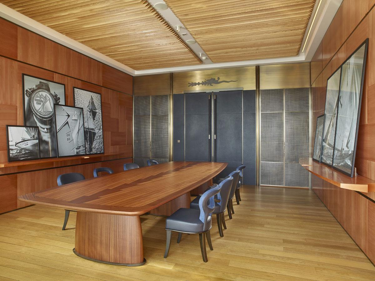 Una lussuosa partnership luxury ifdm for De club mobili