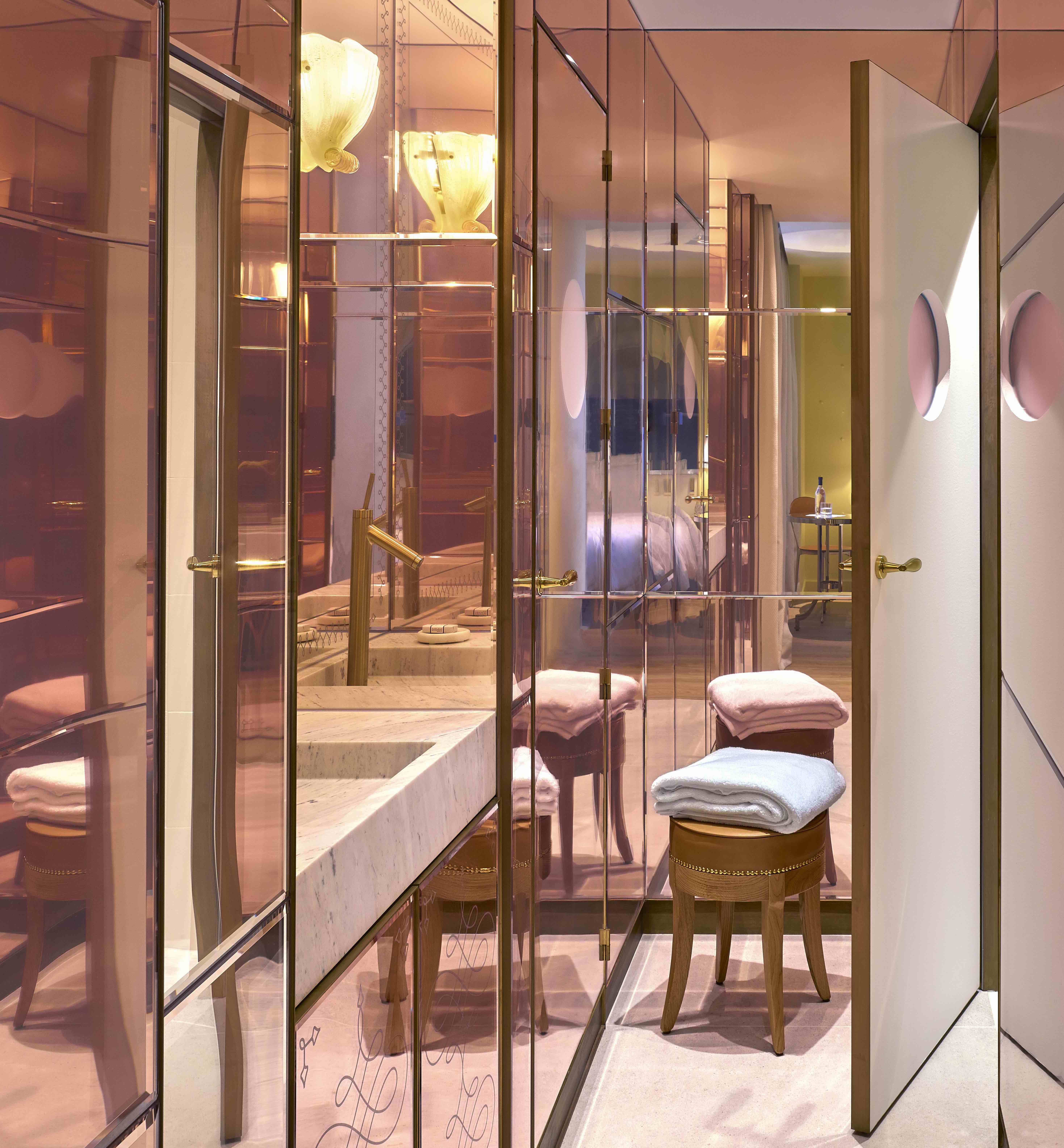 9Confidentiel, Parigi, design Philippe Starck, photo©Philippe Garcia