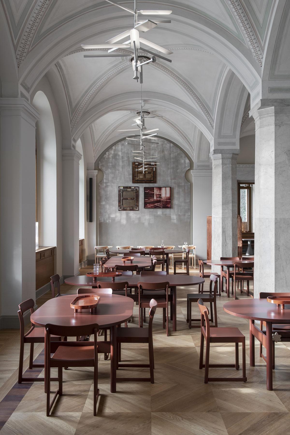 Atelier Chair, Studio Taf e Artek, ristorante