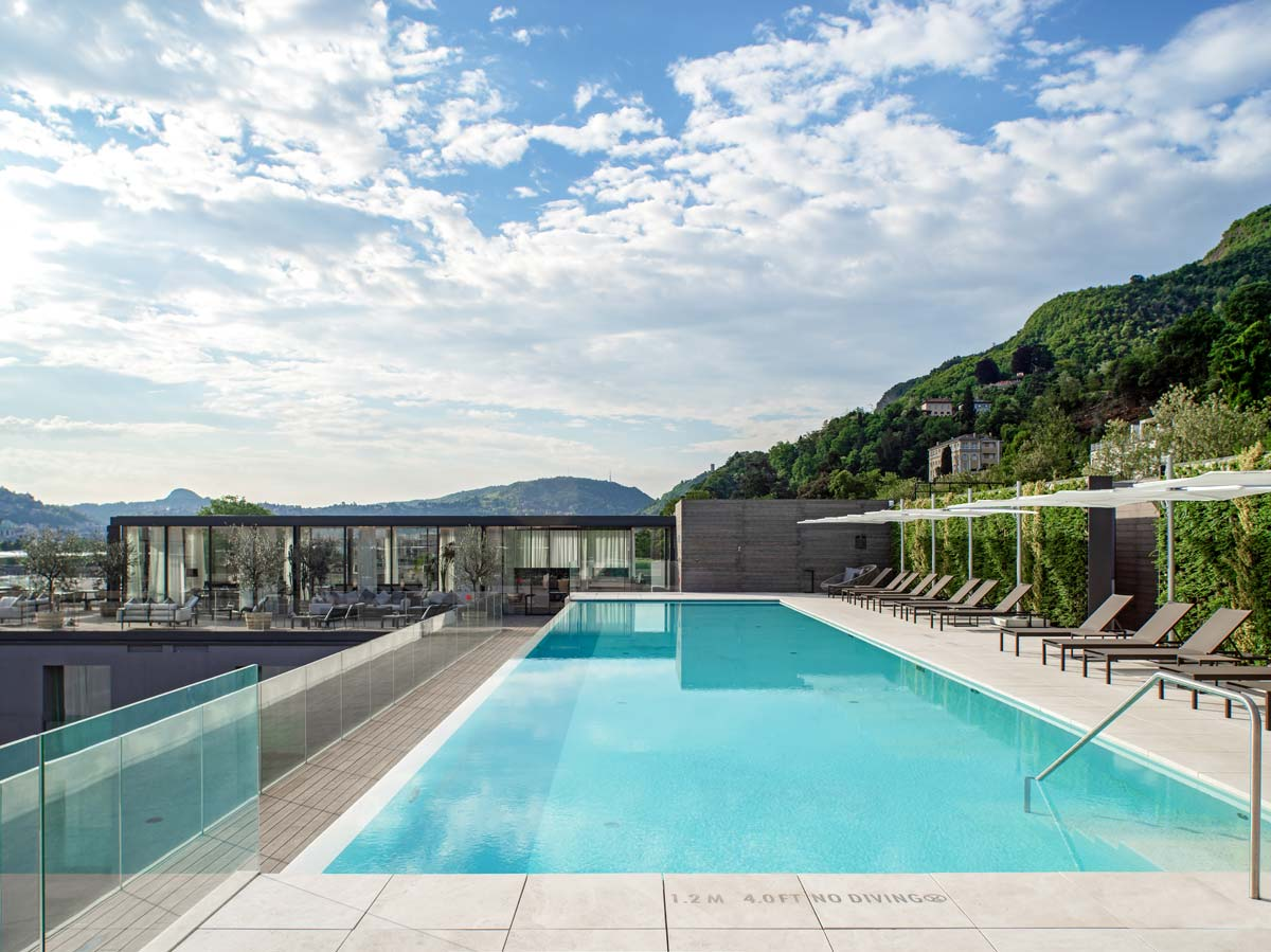 Piscina Hilton Lake Como