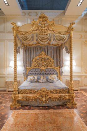 Letto a baldacchino by Bazzi Interior Decoration