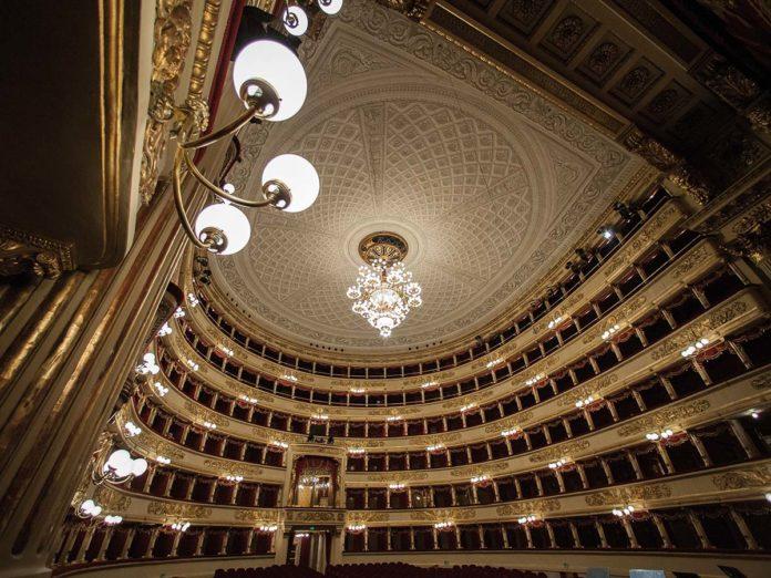 Teatro alla Scala - Photo © Rudy Amisano