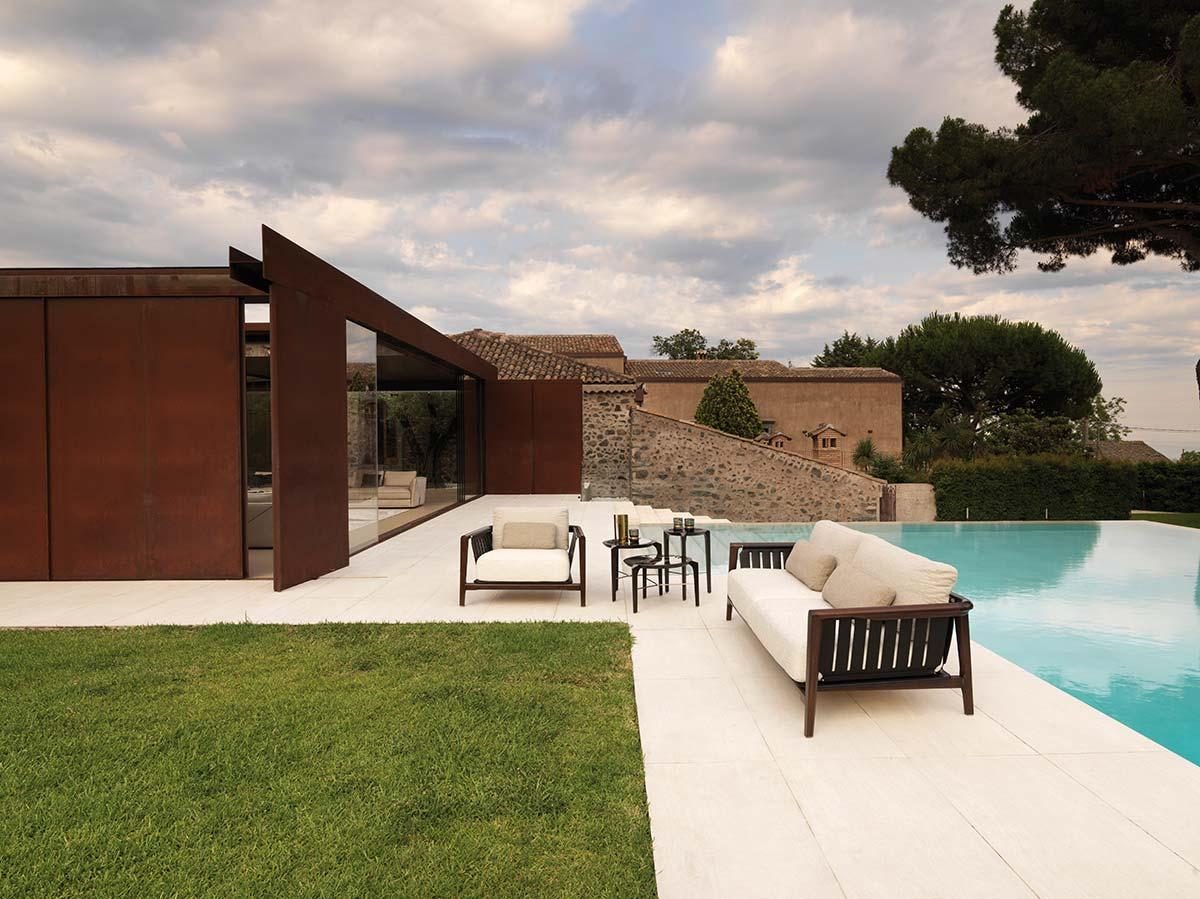 Green life sofa by Visionnaire, design Maurizio Manzoni e Roberto Tapinassi