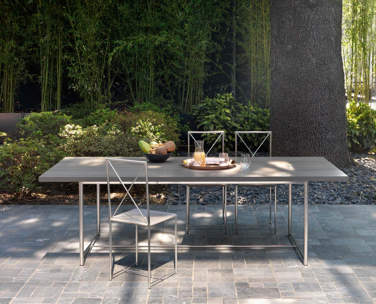 Levante table, Moka outdoor metal chairs
