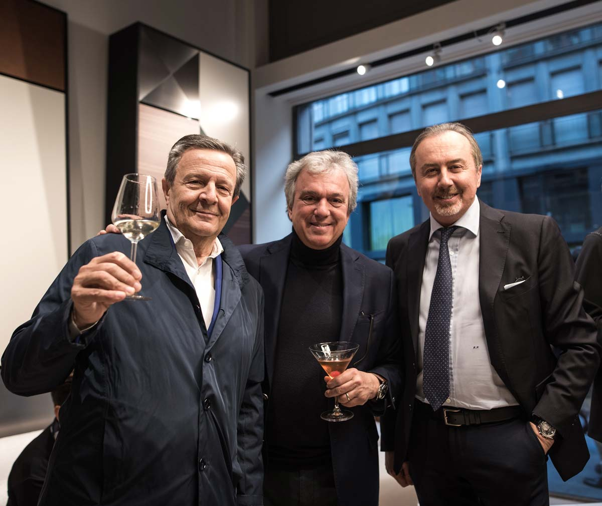 New York Suite Party, Showroom Oak Via Fatebenefratelli, General Manager Roberto, Architetto Marco Piva, Leoni e Presidente Renato Pologna