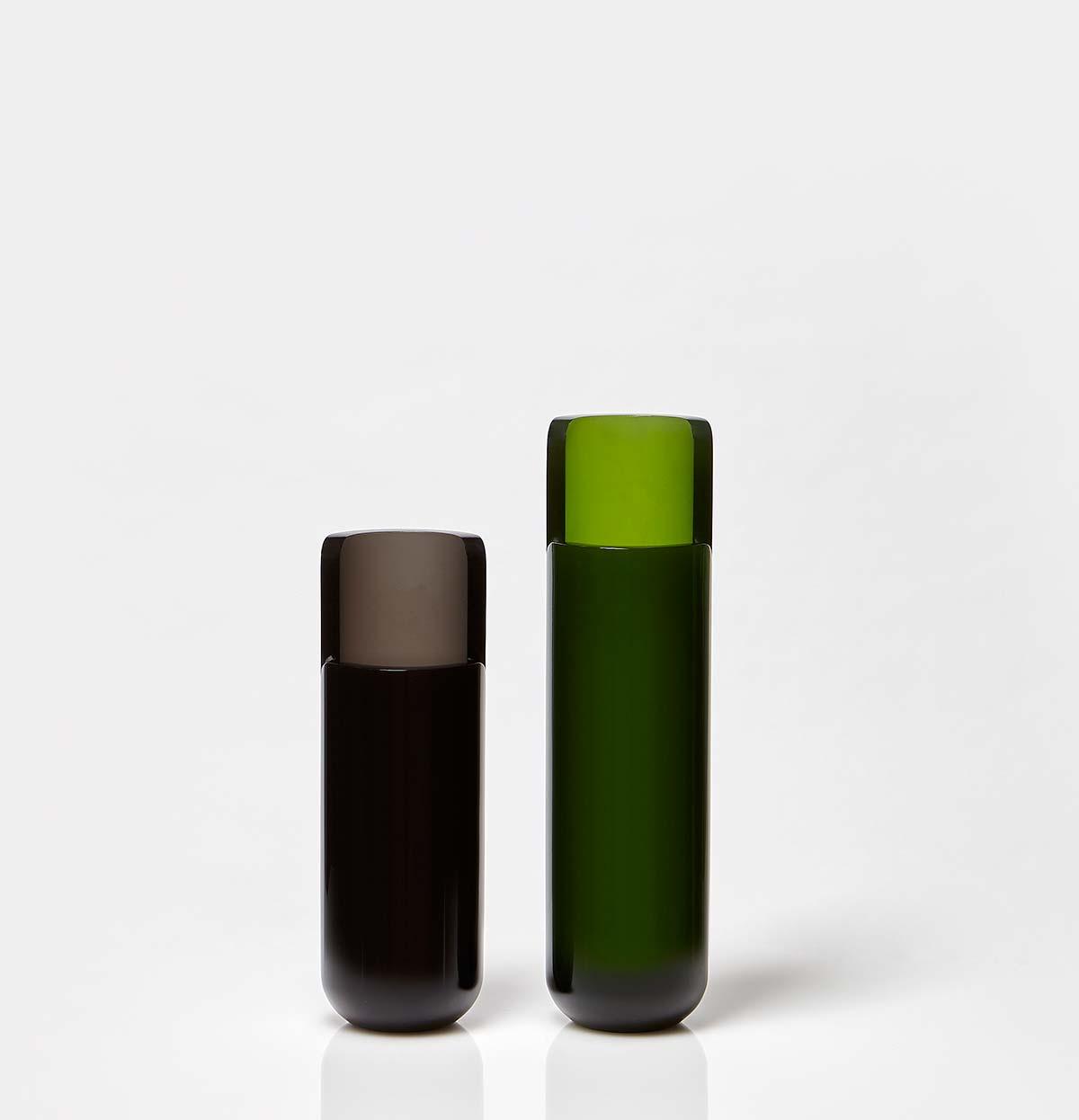 Vaso Masa, colori fumè e bottiglia, by Calvi Brambilla per Antoniolupi