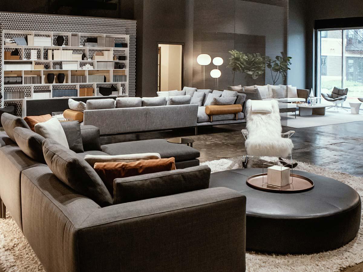 Il nuovo showroom texano di b b italia interiors ifdm for B b design roma