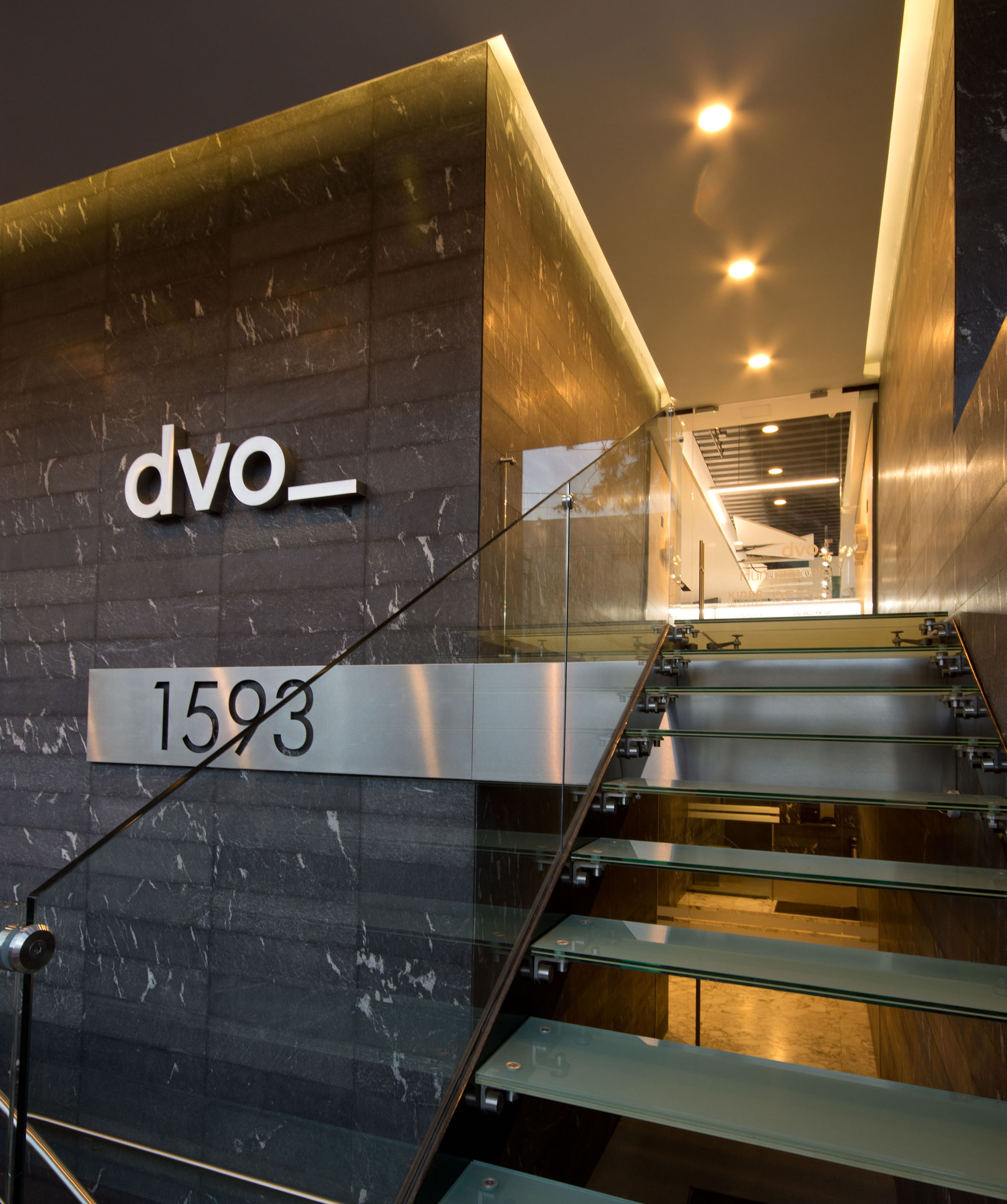 DVO, Showroom Messico