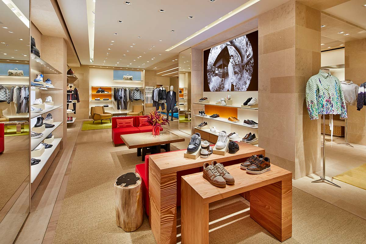 Interior showroom Louis Vuitton, Londra