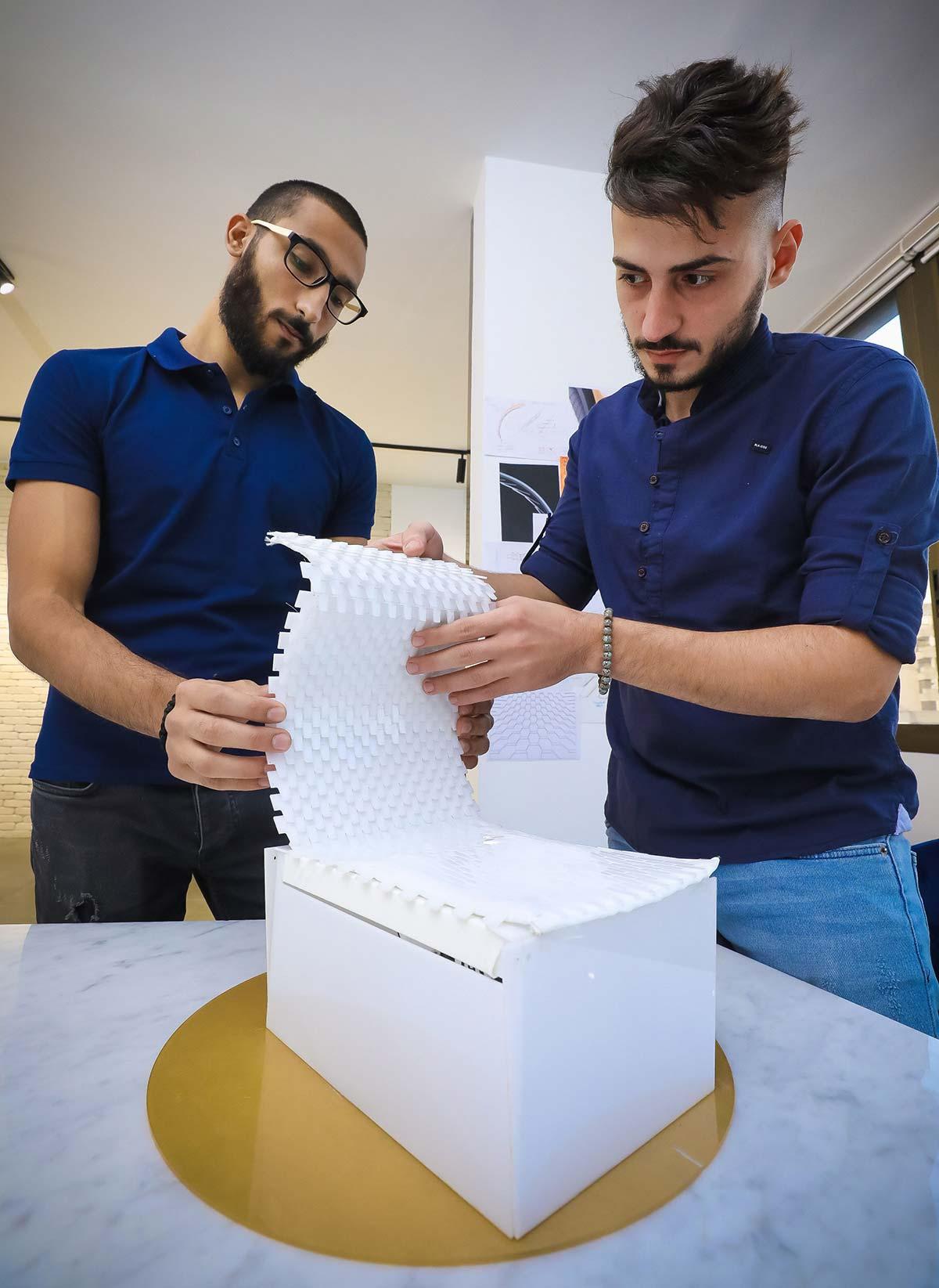 Bentos, Ahmad Alameh e Hadi Nassar