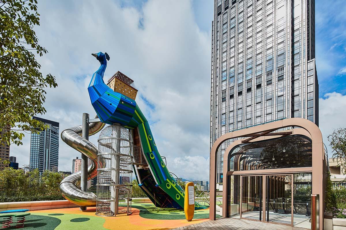 K11 Musea - Peacock Playground