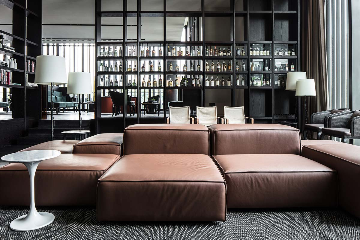 The-Middle-House-Shanghai---Club--2