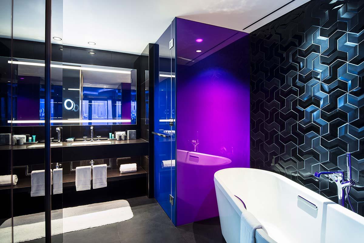 whoDXBTPgb-224510-Spectacular-Room-Bathroom-High