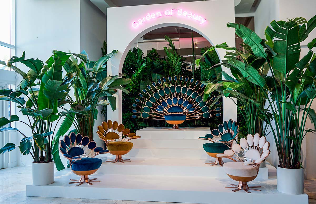 La mostra The Garden of Beauty presso lo showroom Visionnaire a Miami