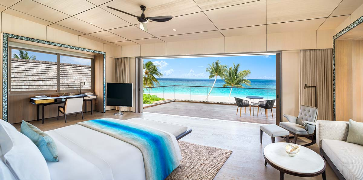 Master Bedroom, Caroline Astor Estate | St Regis Maldives Vommuli Resort