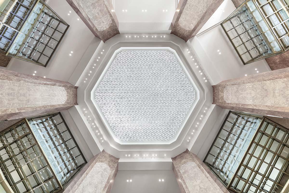 Galeries Lafayette, Champs Elysées, Paris