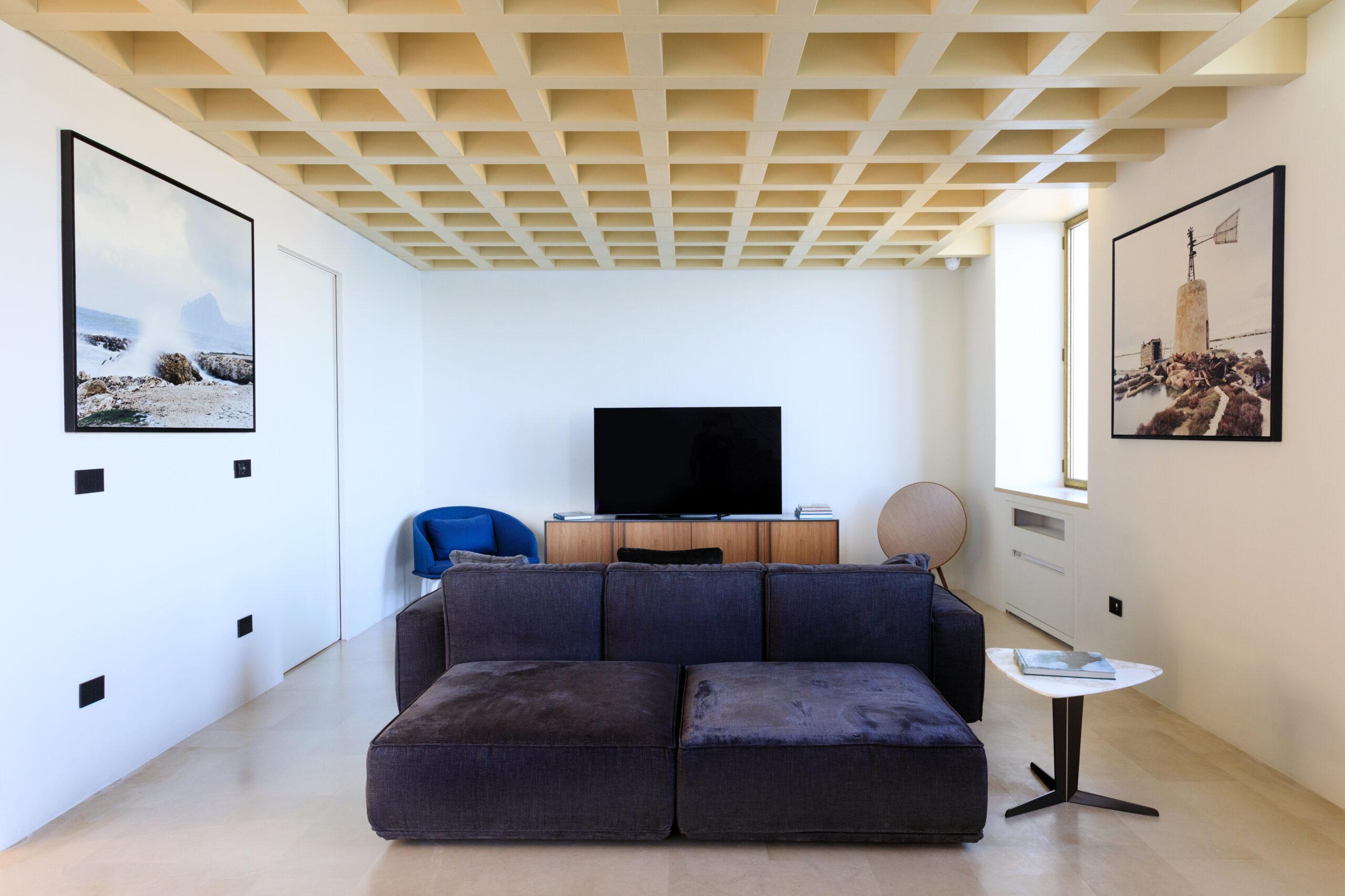 Interior Faro Brucoli
