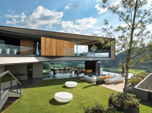 Casa la Roca by Rrz Arquitectos