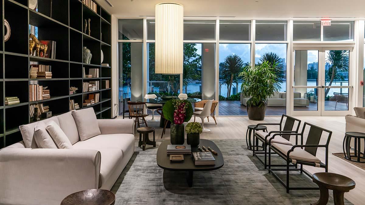 Ritz-Carlton Residences Miami Beach, Game Room, Lobby