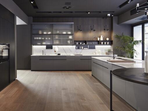 Il nuovo showroom di Arredo3, con la cucina Tratto10