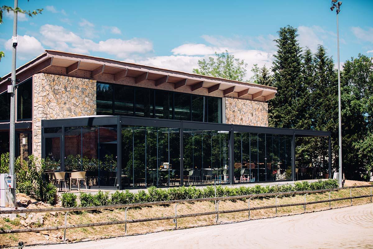 Le Paddock restaurant, Club Hippique - Grasse, France - KE Outdoor Design