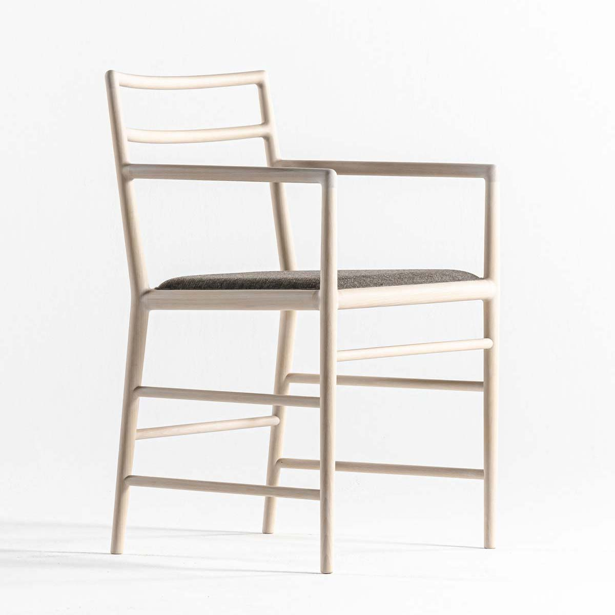 The sensitive light chair by Time & Style
