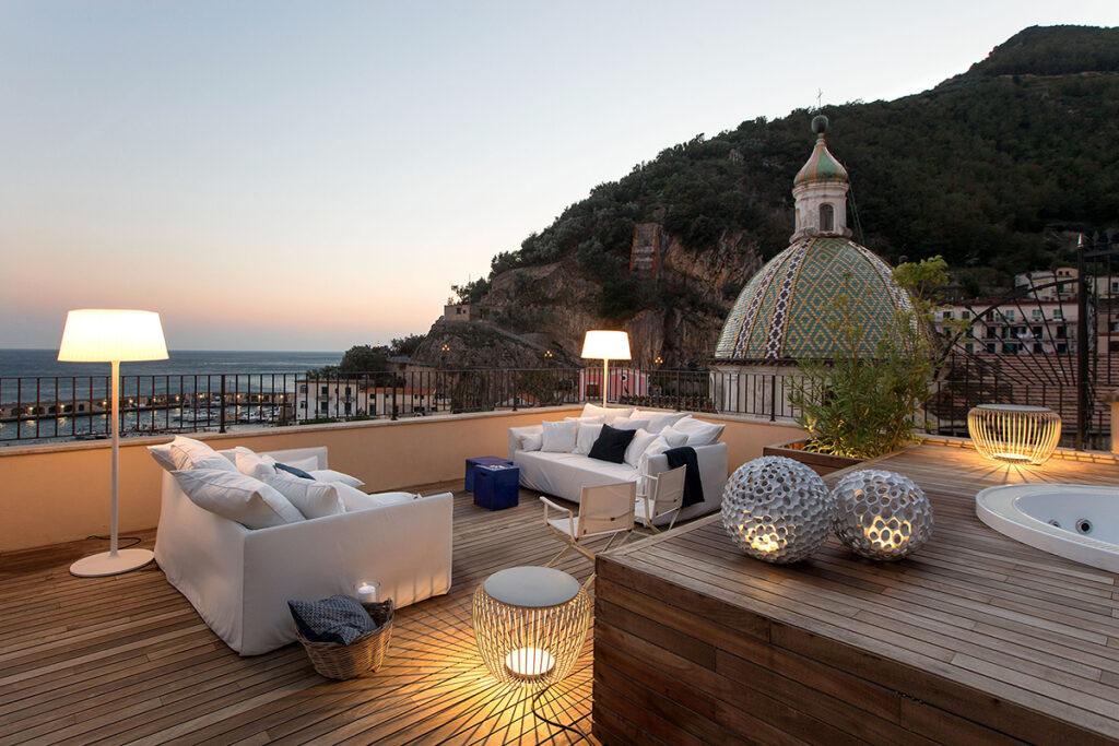 Casa Cetara - Interior Design by Ernesto Fusco - Photo © Roberto Pierucci
