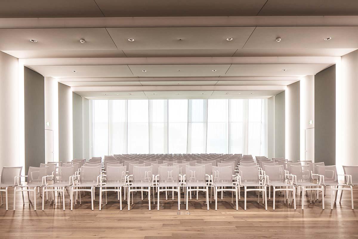 Conference room by Alias, Scott Sports - Photo © Simon Ricklin