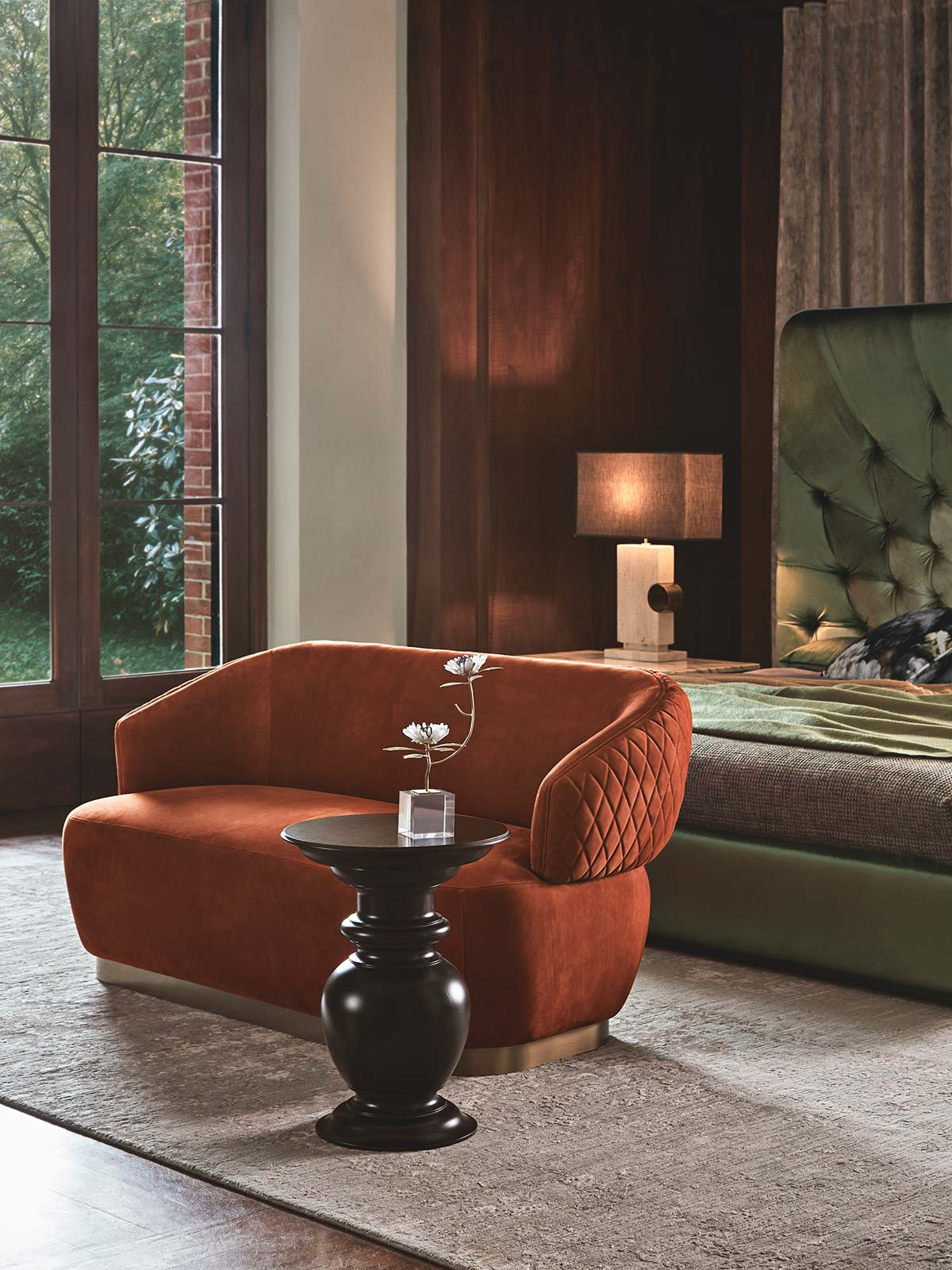 Sophie sofa & Pelléas side table by Opera Contemporary - Design Castello Lagravinese Studio