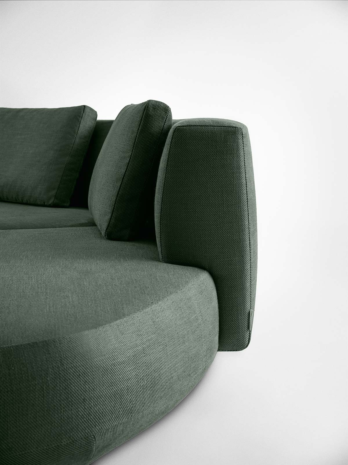 Audrey Motion by Gallotti&Radice, Design Massimo Castagna