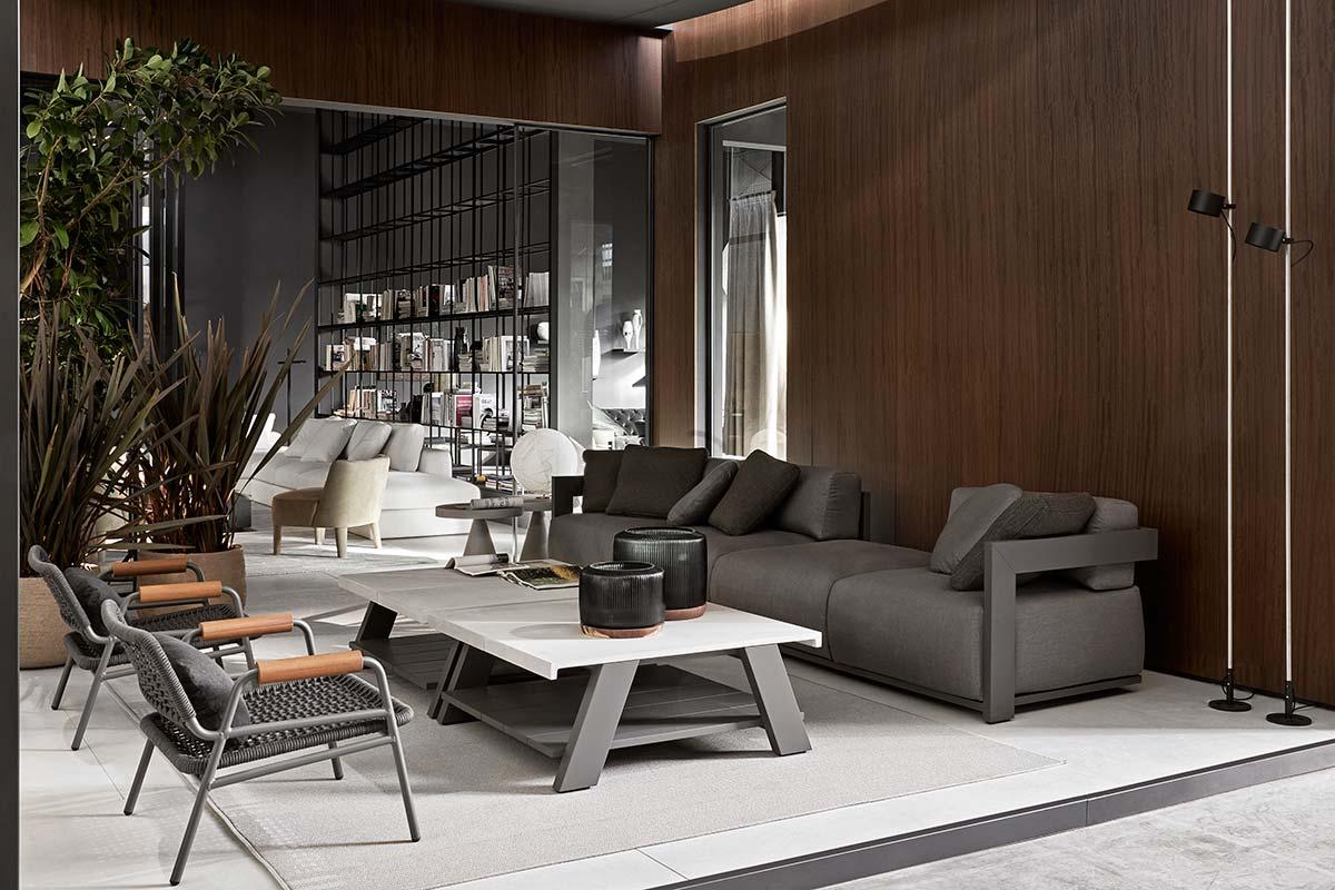 Meridiani, Claud open air indoor