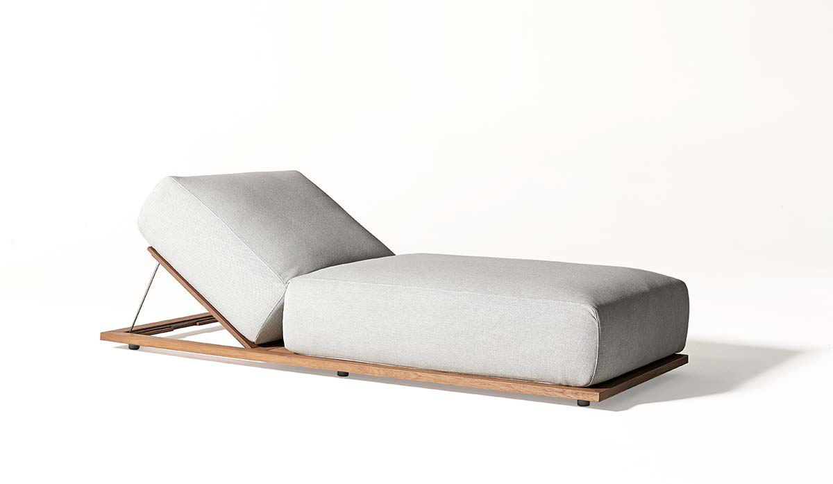 Meridiani, Claud open air lounge bed