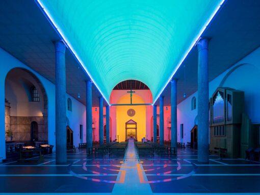 S. Maria Annunciata in Chiesa Rossa, Milano by Dan Flavin