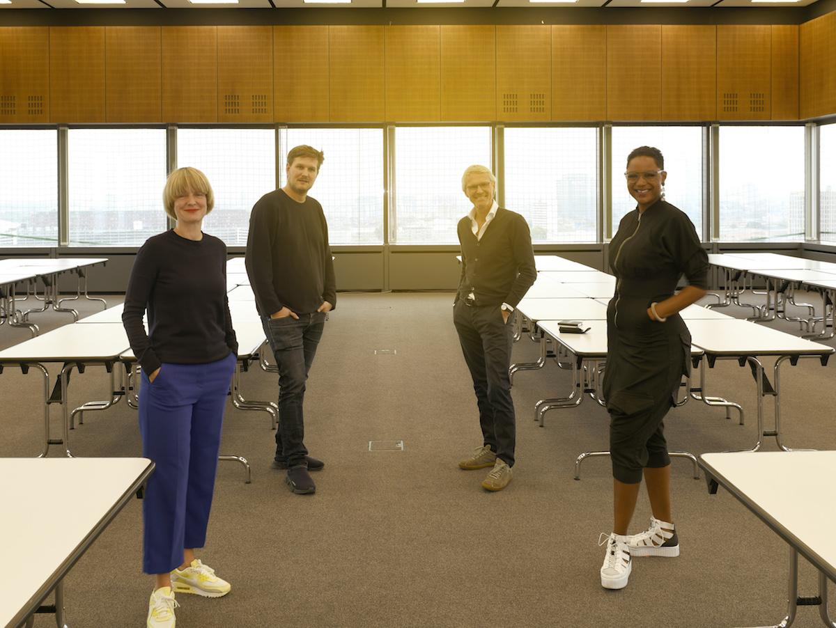 La giuria: la designer Eva Marguerre, Jennifer Reaves, CEO della fiera blickfang, il designer Sebastian Herkner, e Norbert Ruf, direttore creativo e amministratore delegato di Thonet GmbH
