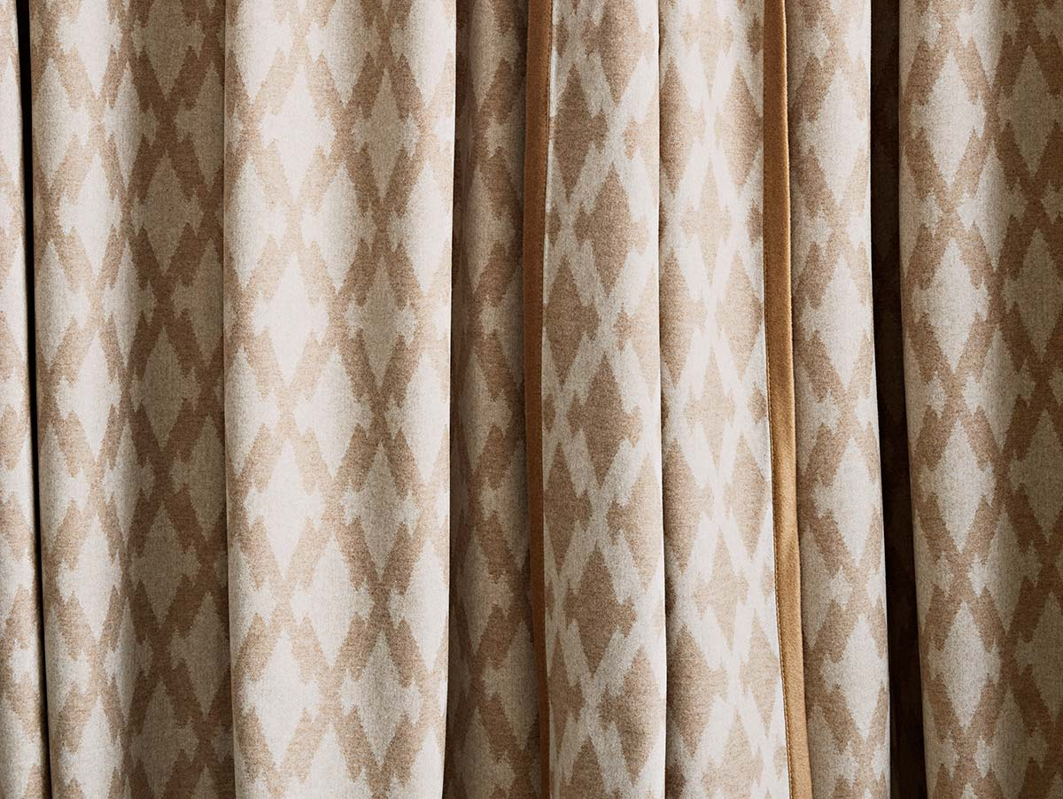 Loro Piana Interiors, Newari Curtains