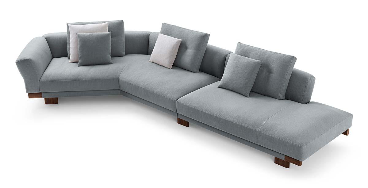 Sengu Sofa by Cassina, Design Patricia Urquiola