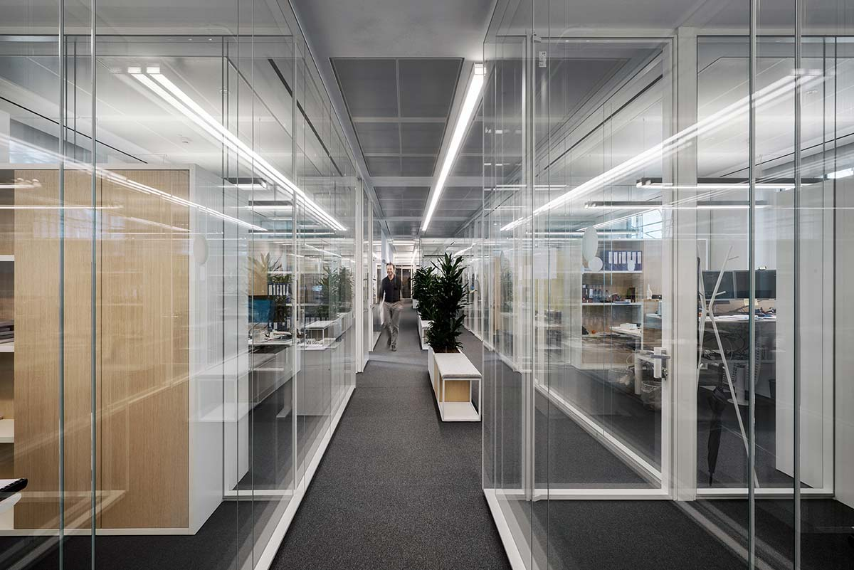 Allen & Overy office, Milan - Photo © Andrea Martiradonna