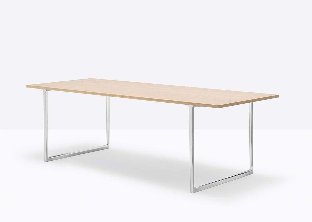 Toa Desk by Pedrali, Design Robin Rizzini