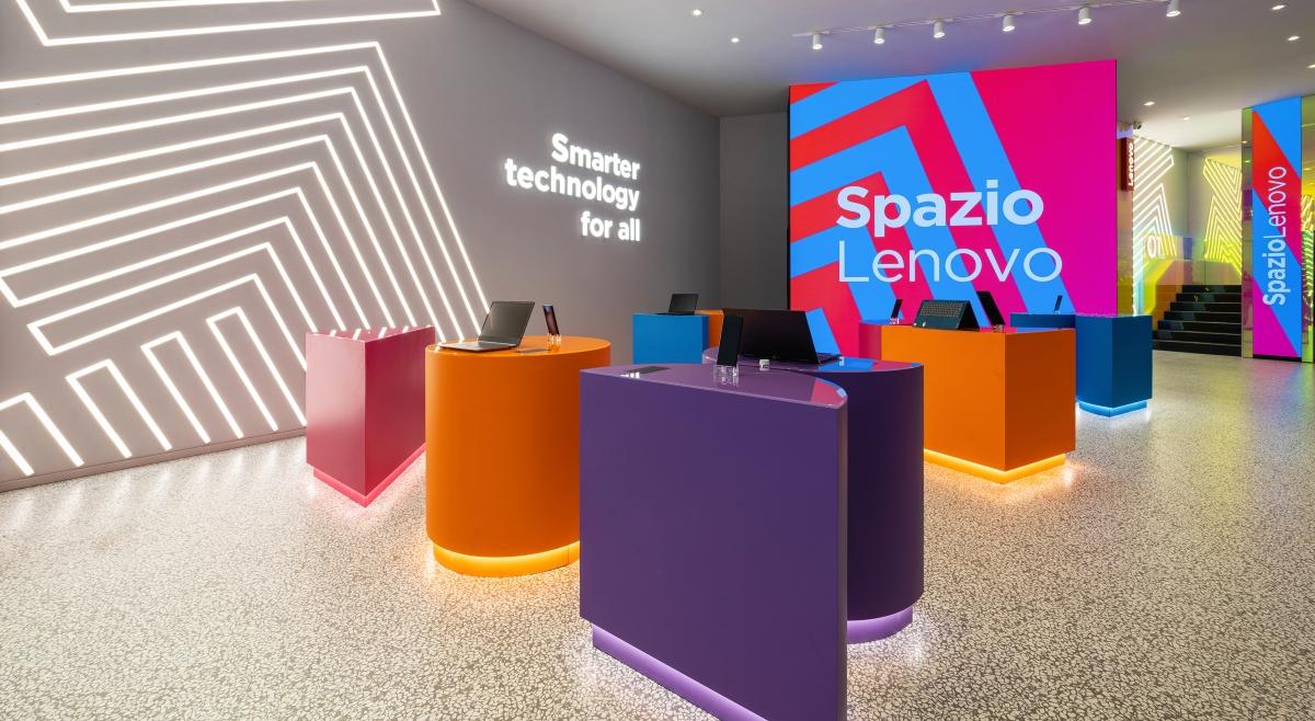 Alessandro Luciani | Spazio Lenovo, Flagship Store