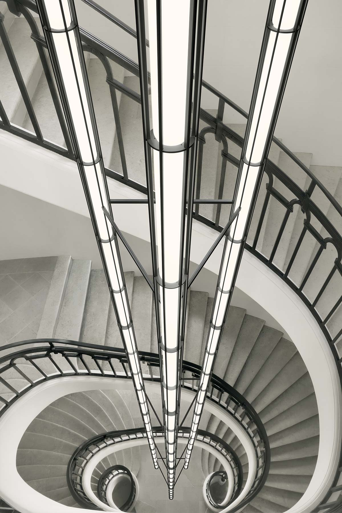 Vertical Light by Flos Bespoke - Photo © Tommaso Sartori