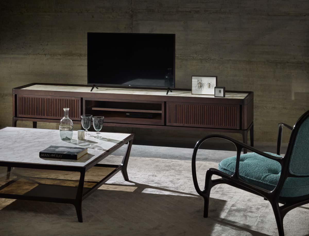 Full TV by Ceccotti, Design Roberto Lazzeroni