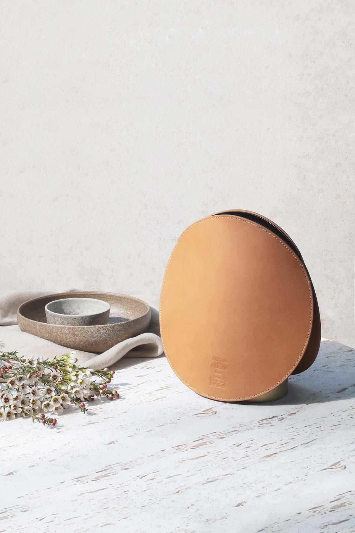 Smart Home Diffuser by Acqua di Parma & Poltrona Frau, Design GamFratesi - Photo © Irina Boersma