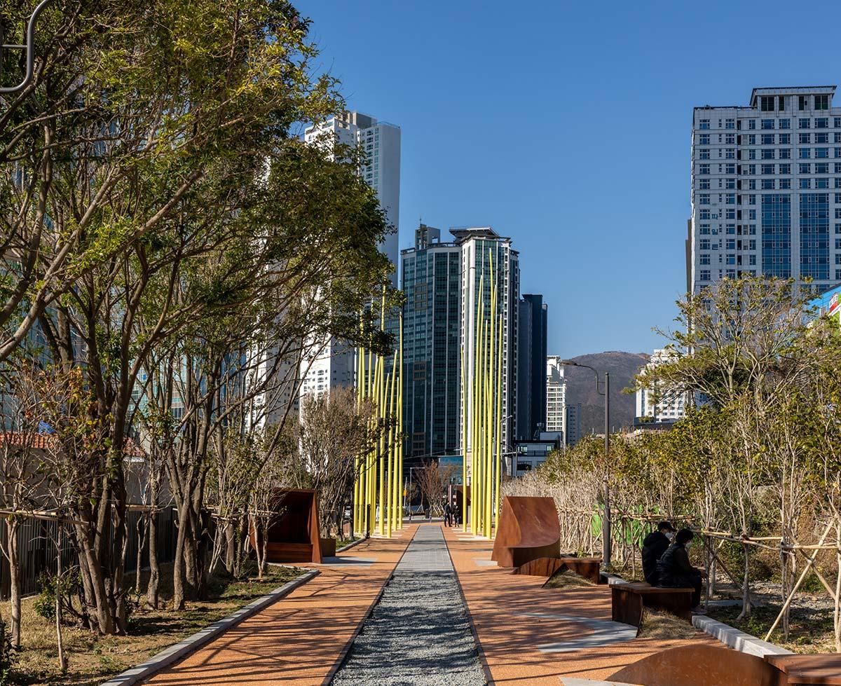 Blue Line Park, Busan - Photo © Jae Young Park